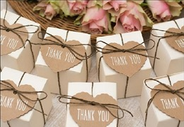 Fifteen Wedding Favors Your Guests Will Adore