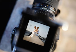 How to interview a wedding photographer