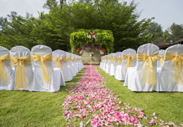 Selecting an Aisle Runner for a Wedding Ceremony