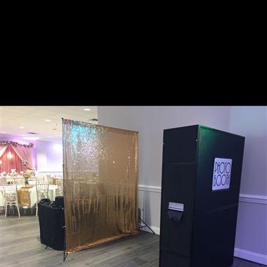 Dream Catcher Entertainment-Photo Booth  wedding vendor preview