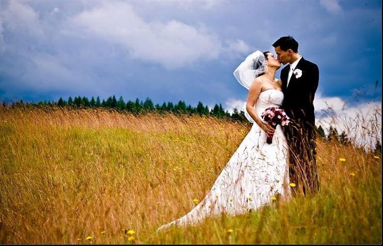 Cory Parris Photography wedding vendor photo