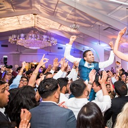 Silk Events DJ + Lighting photo