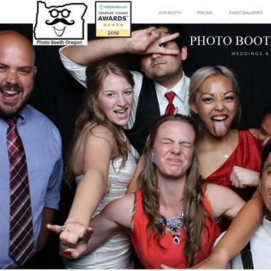 Photo Booth Oregon wedding vendor preview