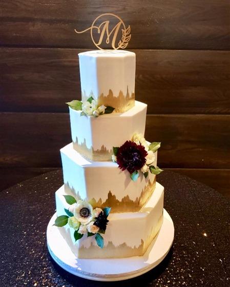Short North Piece of Cake wedding vendor photo