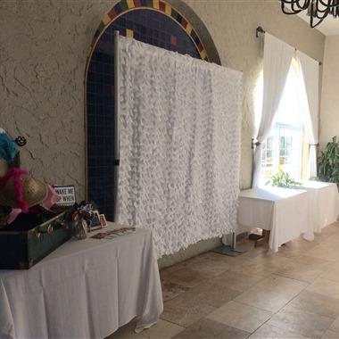 Instant Photocube wedding vendor preview