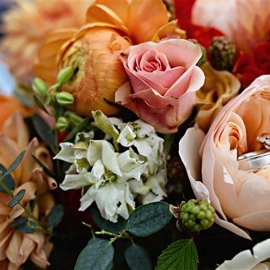 J Lobbins Photography wedding vendor preview