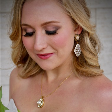 Amarie Makeup Artistry wedding vendor preview