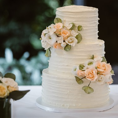 Cakes By Laura, Llc wedding vendor preview