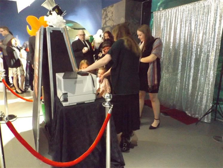 Ajs Mystic Mirror Photo Booth wedding vendor photo