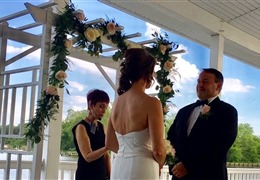 Interview with Rev. Robin A. Hannon, a wedding officiant in Maryland