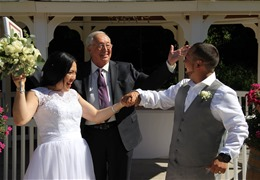 Everything you need to know about wedding officiants